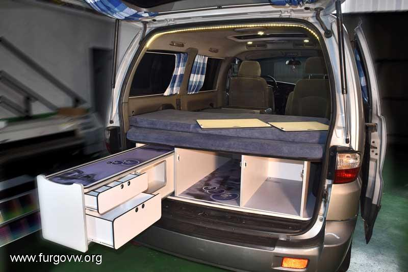 maleteros extra bles bandeja bastidor caj n. Black Bedroom Furniture Sets. Home Design Ideas