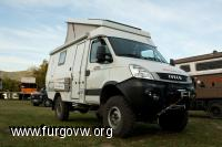 meeting camper offroad