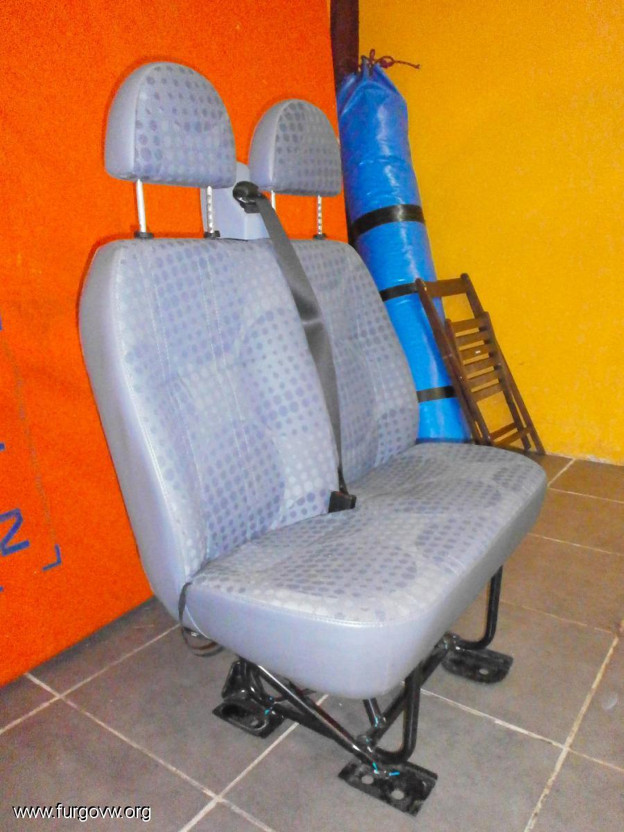 Vendido se puede borrar asiento trasero 3 plazas for Divan 506