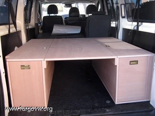 Mueble cama para la furgo for Muebles para furgonetas