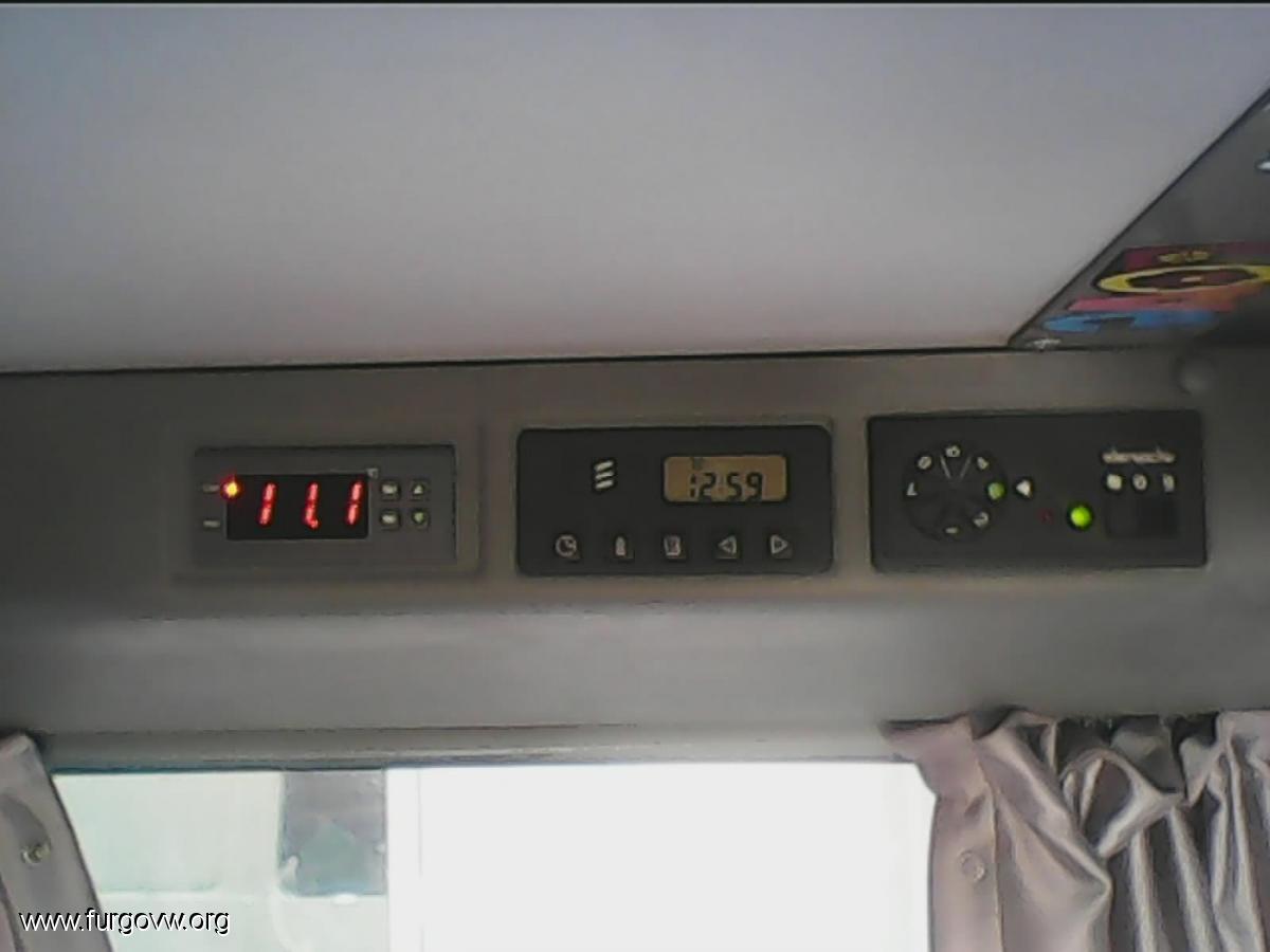 sustituci n de termostato y modulo de control del frigo vw t4 california. Black Bedroom Furniture Sets. Home Design Ideas