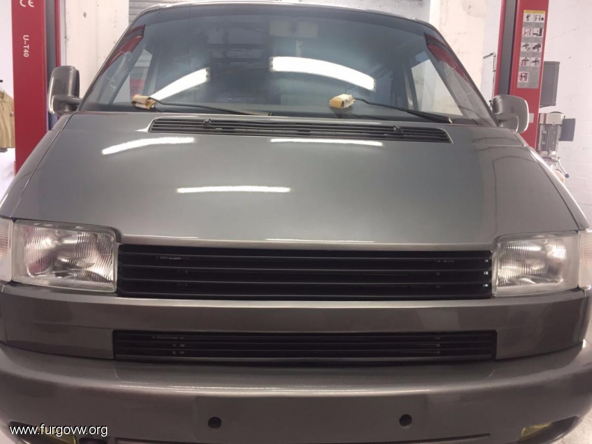 vw t4 transporter 1 9 td 39 98 custom van by cholvos team lleida. Black Bedroom Furniture Sets. Home Design Ideas
