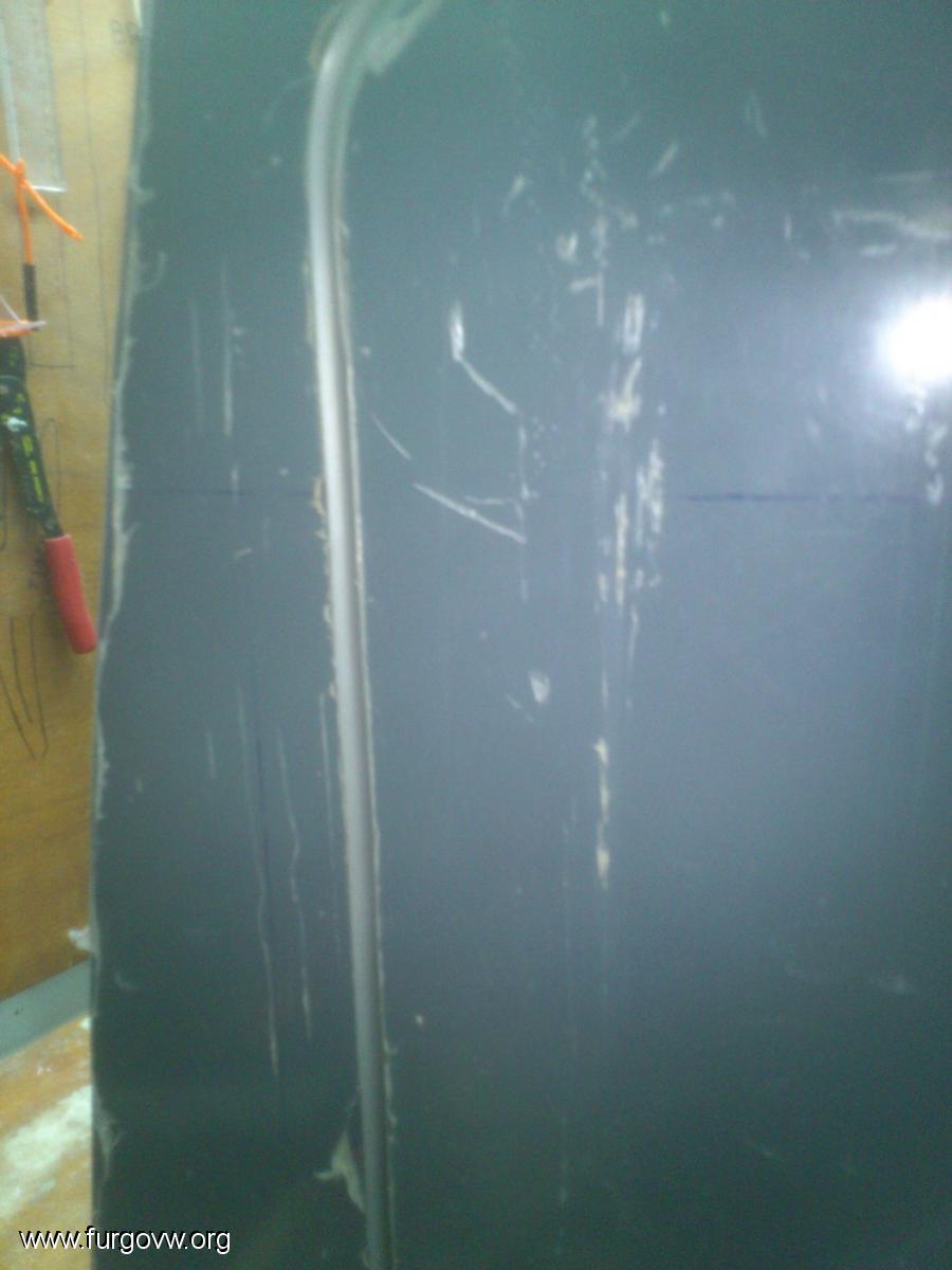 Montar bisagras ocultas en puertas en un solo plano - Bisagras sin cazoleta ...