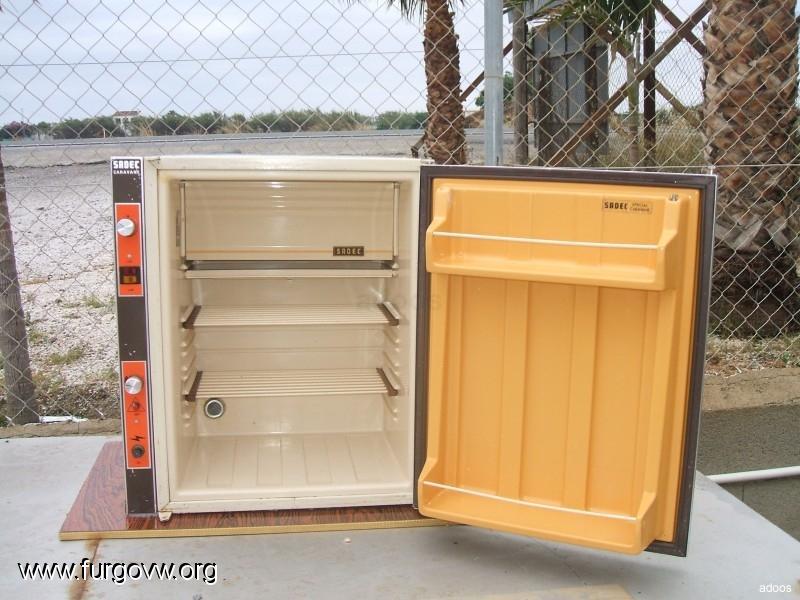 Se escuchan ofertas frigo tri valente 41 litros 150 euros - Frigo pequeno ...