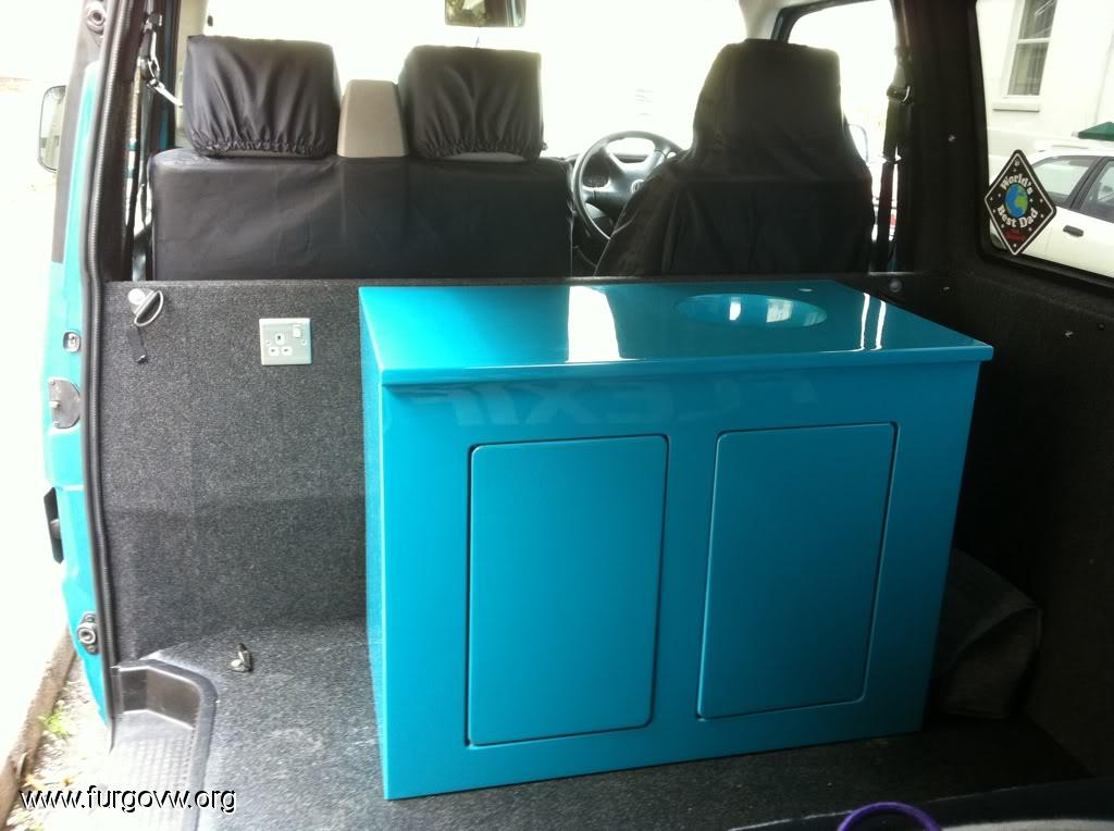 Muebles de fibra de vidrio para la furgo for Muebles de fibra de vidrio
