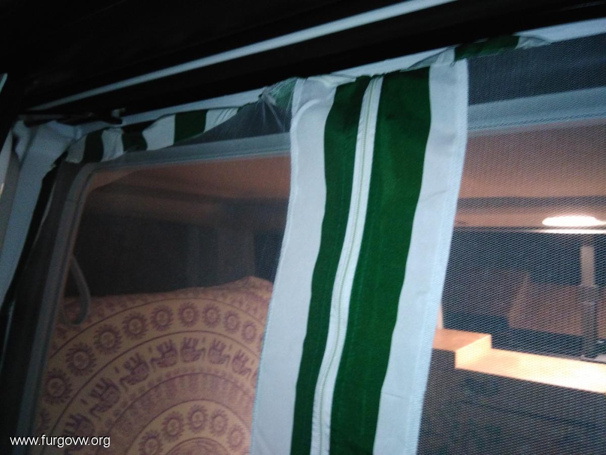 Mosquiteras para las ventanas el porton y maletero - Mosquiteras con imanes ...