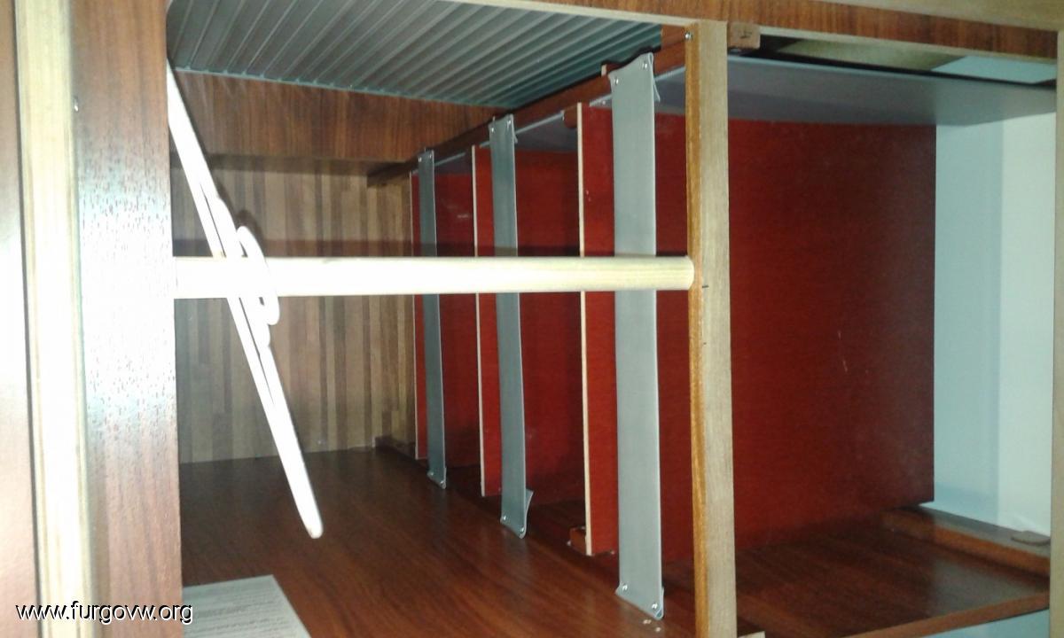 Organizando el maletero garaje armarios cama de la - Estanterias para garaje ...