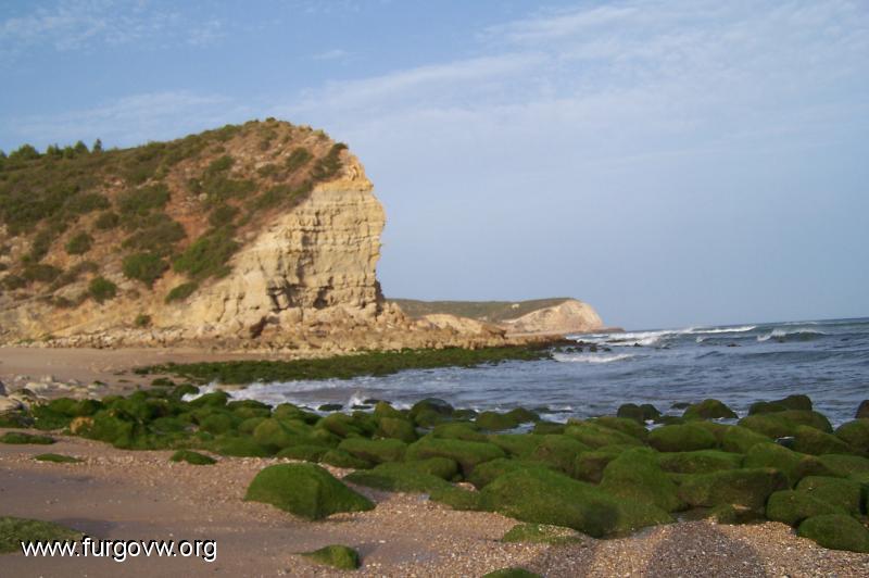 Portugal furgoperfecto praia boca do rio algarve - Banarse con delfines portugal ...