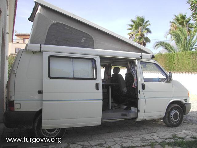 Vendo camper vw transporter 2 5 tdi vendida for Vendo furgoneta camper