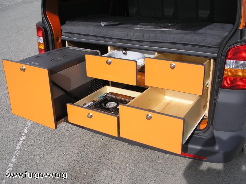Es ilegal montarte tus muebles - Muebles para camperizar furgonetas ...