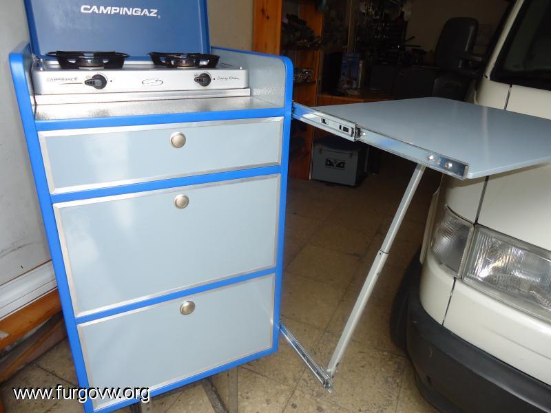 Galeria de fotos de furgonetas camper campervan picture - Mesa extraible cocina ...