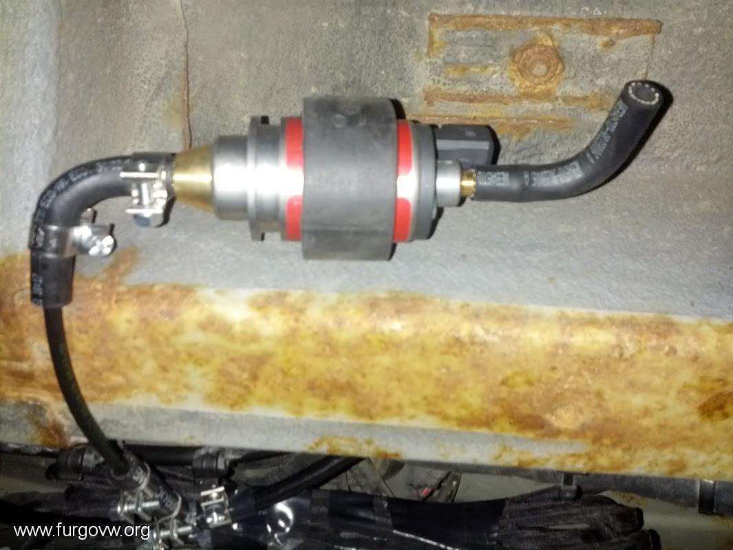 Instalaci n calefacci n webasto airtop 2000st d vito 110d f for Bomba calefaccion gasoil