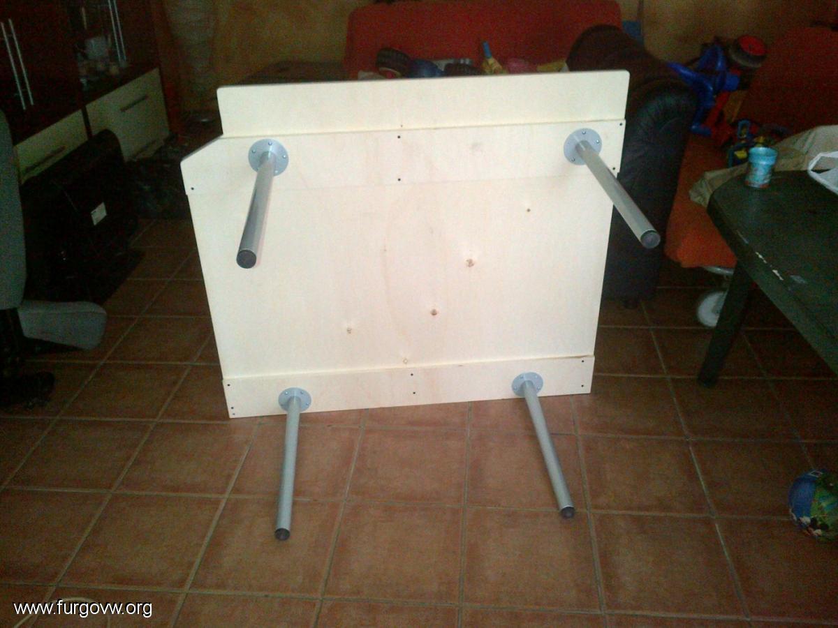 Cama desmontable para transporter t5 y adaptable a otras - Patas para tableros ...