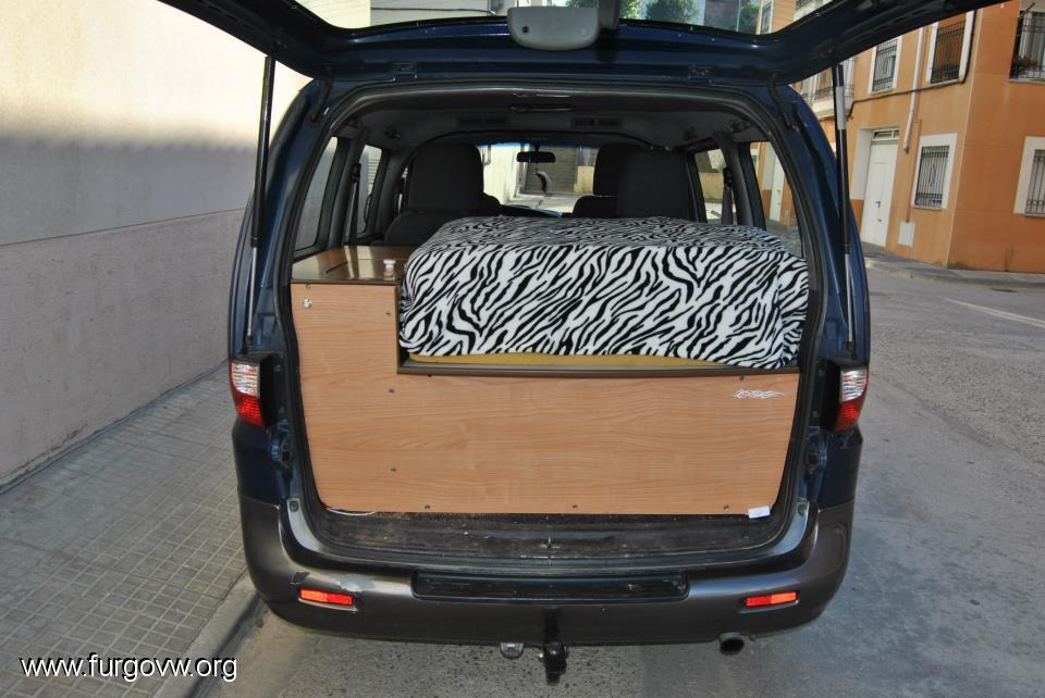 hyundai h1 mery jane. Black Bedroom Furniture Sets. Home Design Ideas