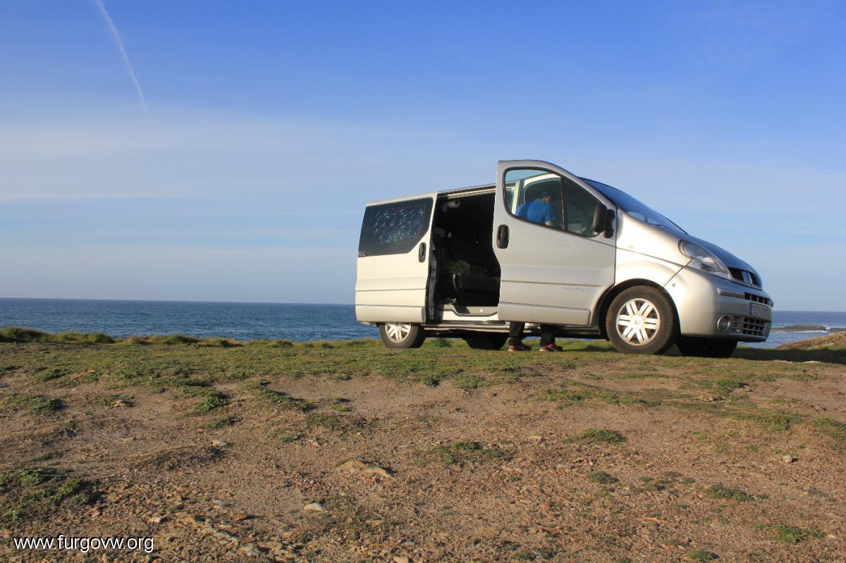 playa de las catedrales dormir en furgoneta