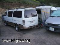 acampada a las niñas